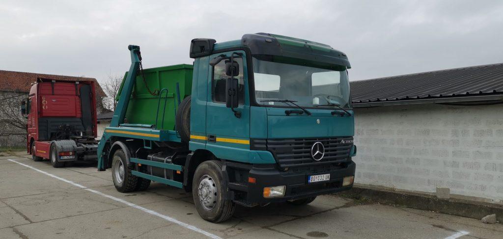 Kamion za odvoženje šuta
